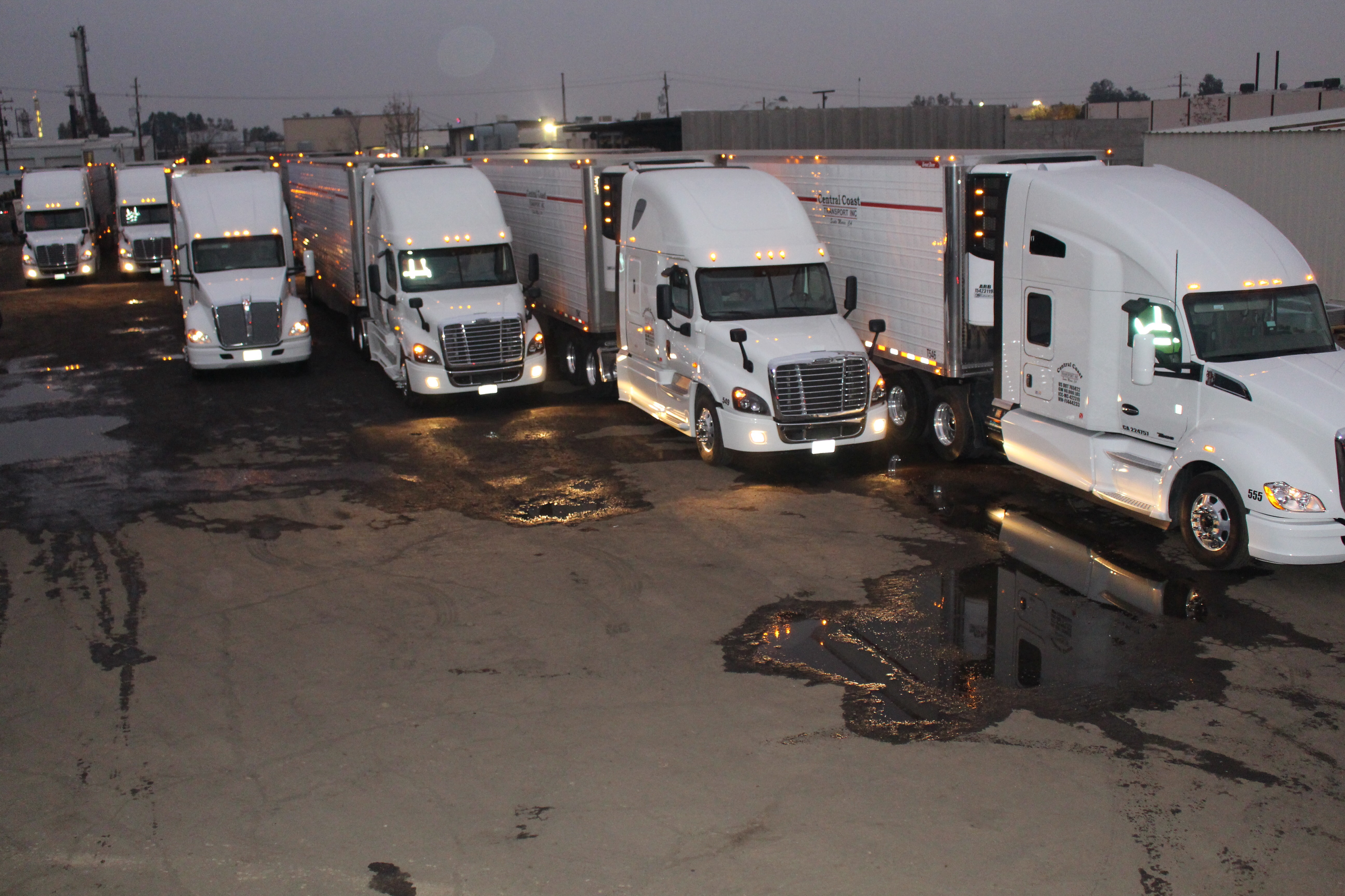central transport inc At american central transport, we keep america's freight rolling across the highways every day of the year from the midwest to the south-southeast, our freight arrives safe and on time.